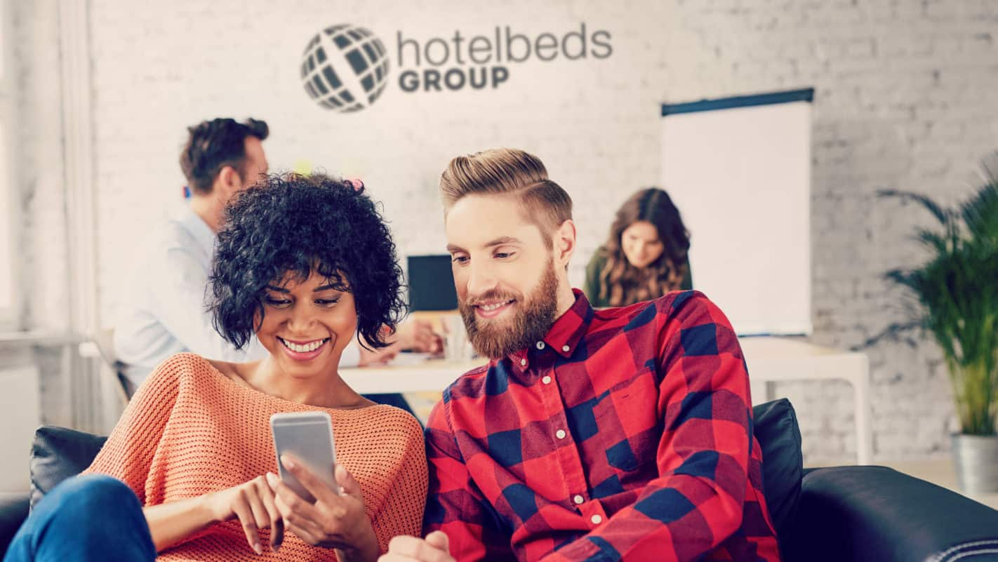 Hotelbeds Super Selfie AR Campaign on Reydar